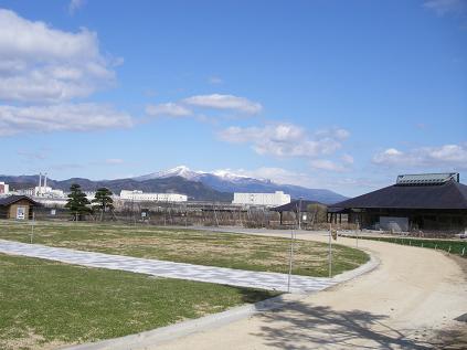 090330農業センターから安達太良山~1.JPG